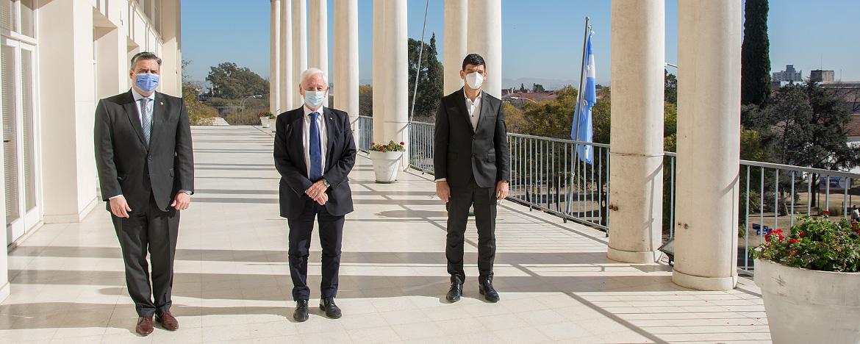 El secretario de Calidad en Salud de la Nación, Arnaldo Medina, visitó la UNC