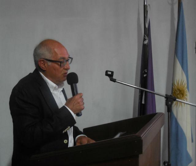 Dr Carlos Gonzalez Svatetz