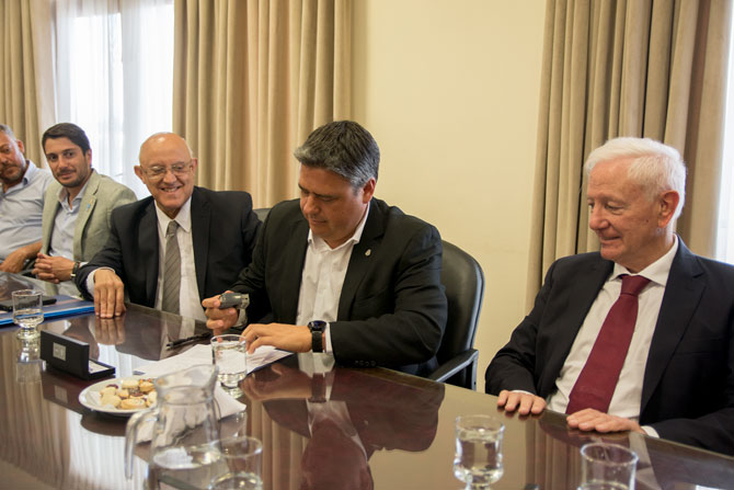 Convenio de cooperación entre la Facultad de Ciencias Médicas de la UNC y la Universidad Nacional de La Rioja (UNLAR)