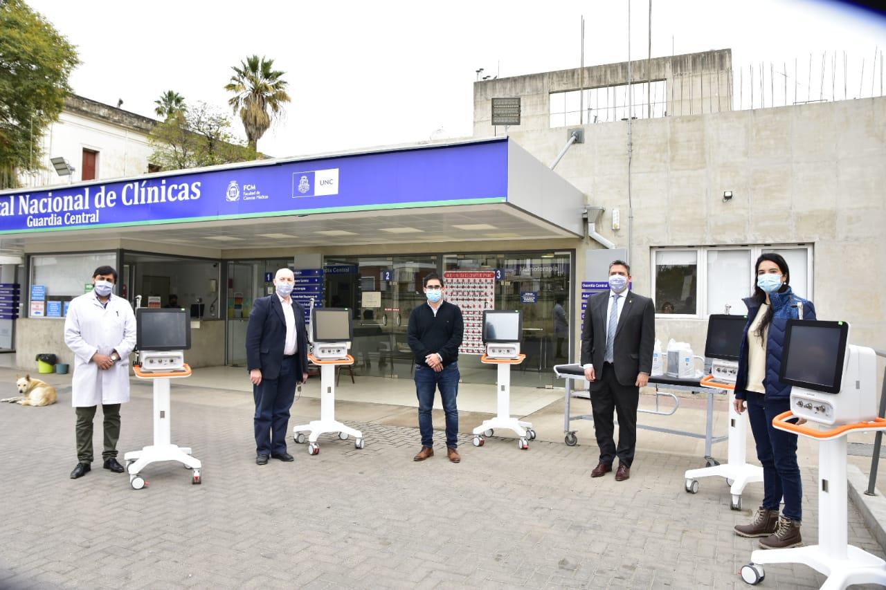 El Ministerio de Salud de la provincia de Córdoba entregó nuevos respiradores al Hospital de Clínicas