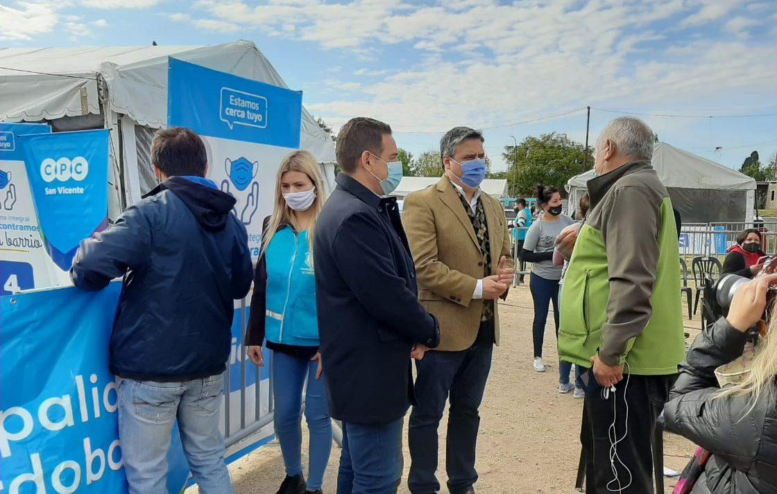 El Decano recorrió barrio San José junto al Secretario de Salud de la Municipalidad de Córdoba
